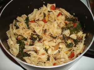 veg pasta with tomatoes